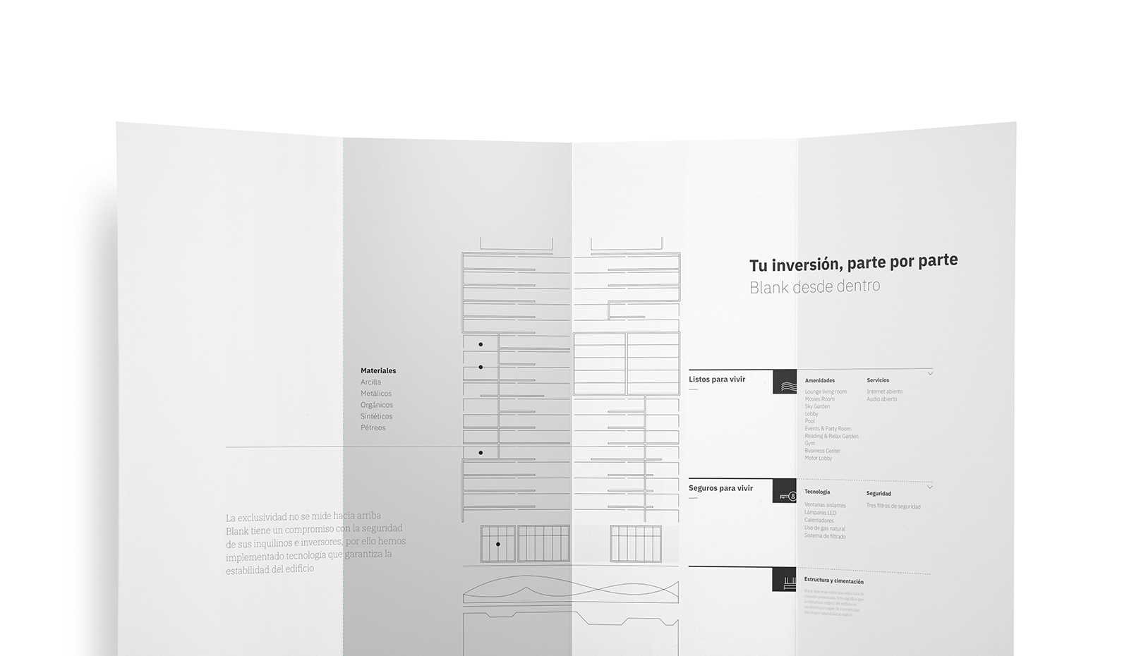 Muestra del diseño editorial de un tríptico del desarrollo departamental Blank, ubicado en la entrada de Lomas de Angelópolis I, en Puebla, México.