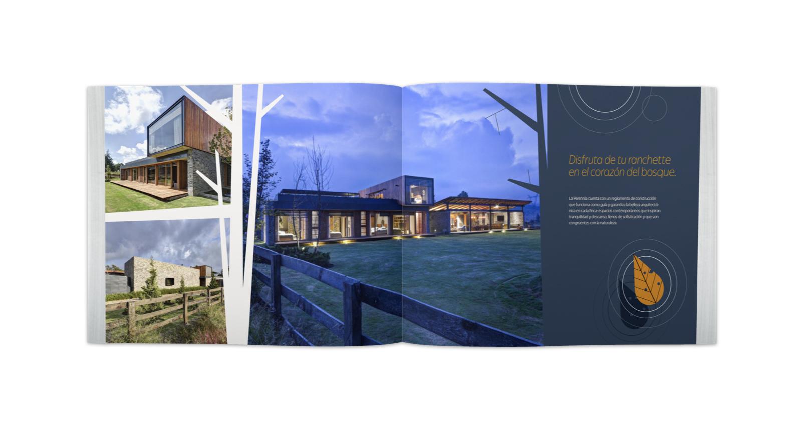 Brochure abierto con ilustraciones de hojas y fotos de un ranchette y sus interiores