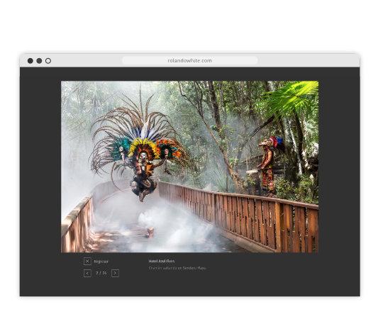 Foto de chamán saltando en sendero Maya en la página rolandowhite.com