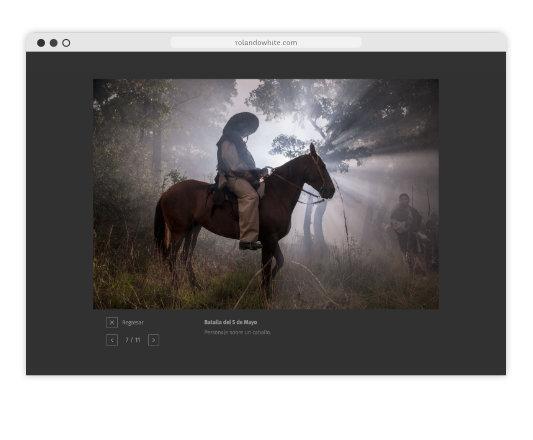 Foto de un hombre a caballo a contraluz en la página rolandowhite.com